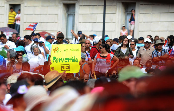 Una vista parcial de la manifestación (Ricardo Alcaraz_Diálogo)