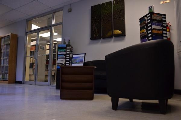 Vestíbulo de la Biblioteca de la Estación Experimental Agrícola. (David Pérez  Aponte / Diálogo)