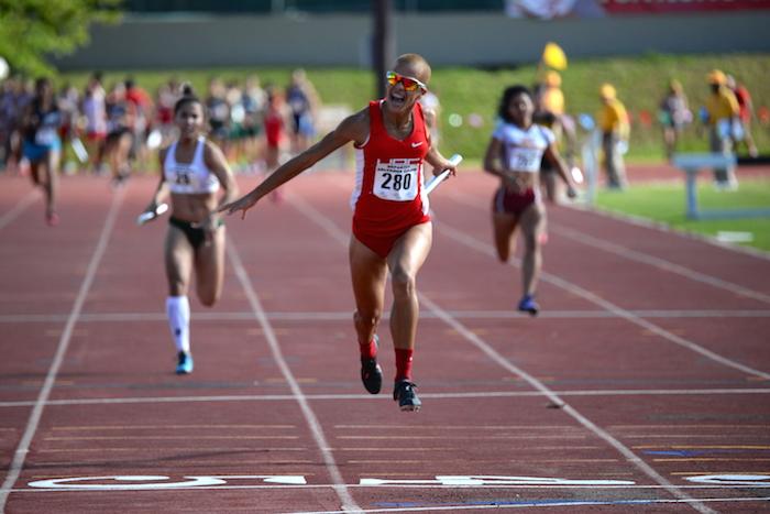 La medalla de oro en el relevo 4x100 fue para las Jerezanas. (Ricardo Alcaraz- Diálogo)