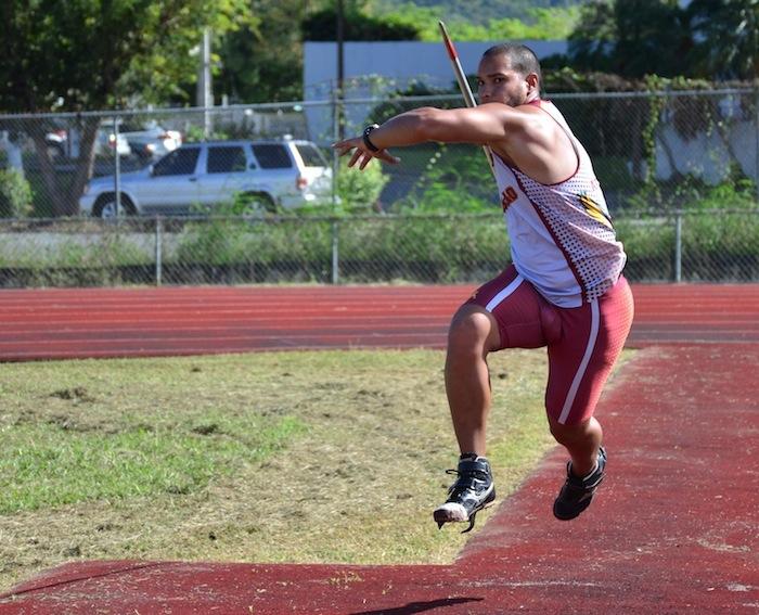Elvin Delgado-atleta de UPR Humacao