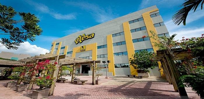 Edificio de la compañía de servicios de información Axesa. Construido en 1989, se utilizaron estrategias de conservación de energía que llevaron a ser certificado por el Leadership in