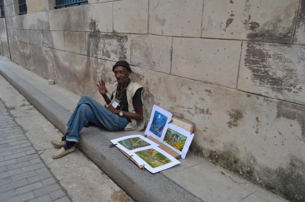 Del arte y de la cultura viven muchas personas en la capital cubana.