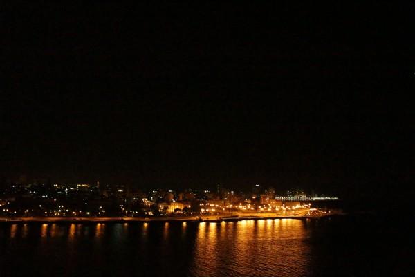 Vista nocturna de La Habana. (María de Lourdes Vaello/ Diálogo)