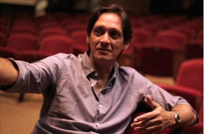 Julio Ramos dirige la pieza. (Ivana Alonso)