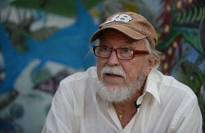Benjamín Pérez, es autor de varios libros de historia y fábulas sobre Culebra. (Ricardo Alcaraz / Diálogo)