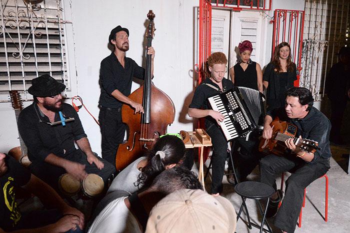 Hubo una presentación musical con varios de los integrantes. (Ricardo Alcaraz / Diálogo)