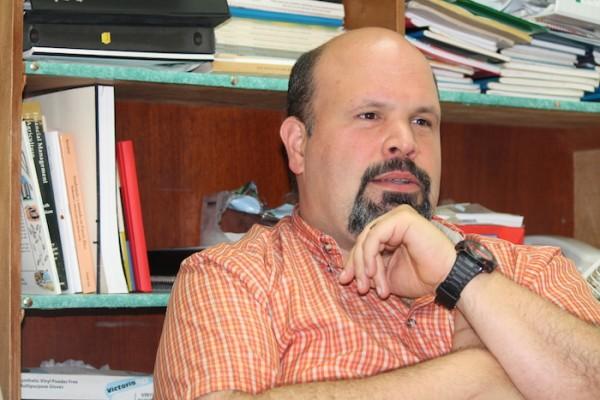 Javier Pérez Lafount, profesor de Economía Agrícola en la UPR Utuado. (Michelle Estades)