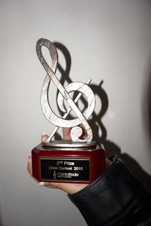 Premio obtenido por su segundo lugar.
