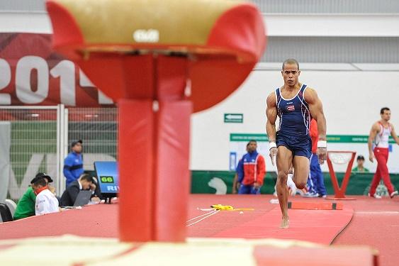 Luis Rivera posee nueva medallas de oro centroamericanas y dos de oro en Juegos Panamericanos. (COPUR).