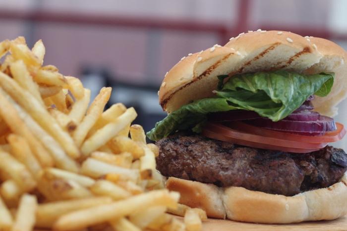 Ocho Burger (Suministrada)