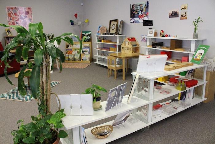 Las instalaciones del INE en Río Piedras demarcan lo acogedor e innovador de la metodología Montessori en las escuelas. (Glorimar Velázquez/Diálogo)