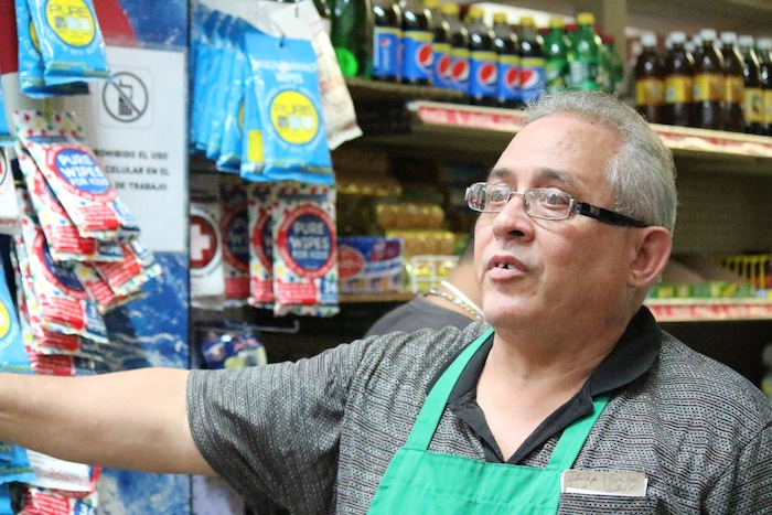 José 'Papo' Torres, propietario del Colmado Torres. (Juan Carlos Castillo/ Diálogo)