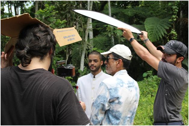 Equipo de produccion durante la filmacion del cortometraje. (suministrada)