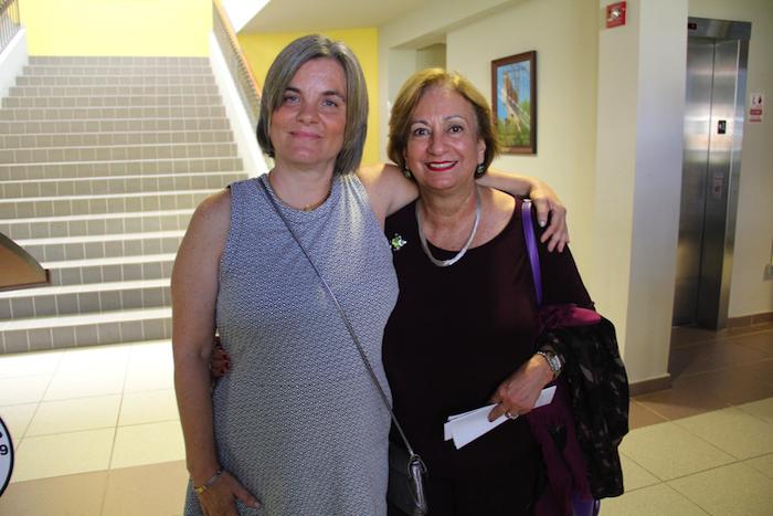 Eleni Papadakis junto a Rectora de UPRU. (Suministrada)