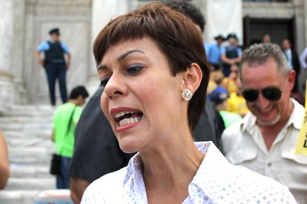 María de Lourdes Santiago, portavoz del Partido Independentista Puertorriqueño en el Senado. (Adriana De Jesús Salamán/Diálogo)