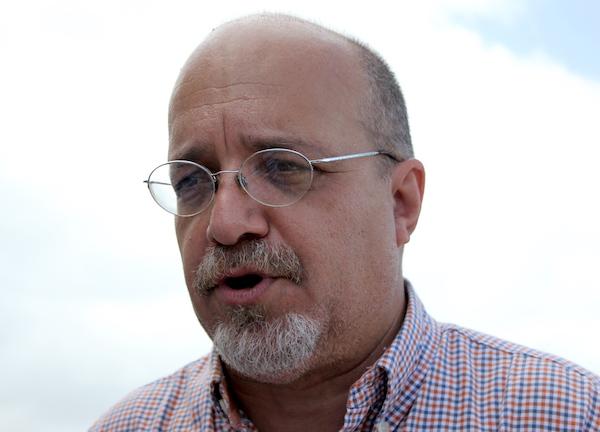 Rafael Bernabe, aspirante a la gobernación por el Partido del Pueblo Trabajador. (Adriana De Jesús Salamán/Diálogo)