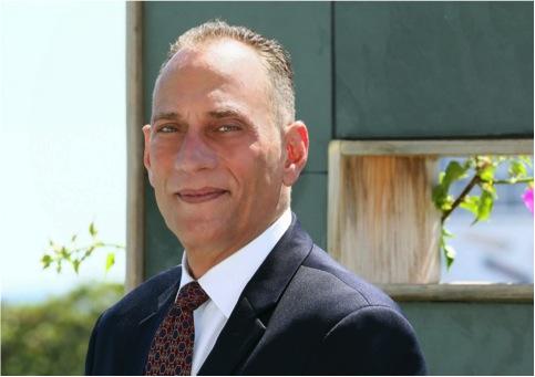 Ian Arzuaga, puertorriqueño residente en Miami, busca crear conciencia del problema y cambiar la perspectiva de que Puerto Rico es un país tercermundista (Suministrada)