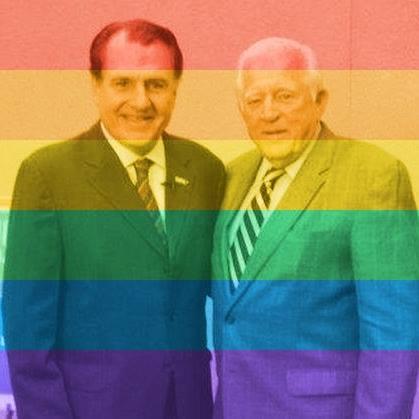 Fueron muchas las fotos que en Facebook surgieron con el filtro de Celebrate Pride.