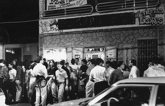 Imagen de la década de los noventa de El Garabato. (Ricardo Alcaraz Díaz - Archivo Díalogo)