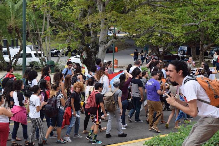 Manifestación en la UPRRP. (José Karlo Pagán/ Diálogo)