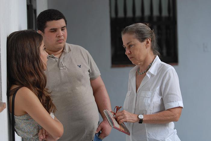 Maritza ha impartido clases en diferentes lugares, inclyendo la Escuela de Teatro del Consejo Artístico de Pueto Rico, llevado a cabo en el Centro de Estudios Avanzados de San Juan. Maritza Pérez da clases a los adolescentes/marzo 2010