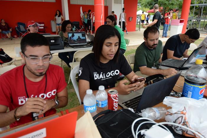 Equipo de Diálogo en la cobertura de las Justas UPR. (Ricardo Alcaraz/ Diálogo)
