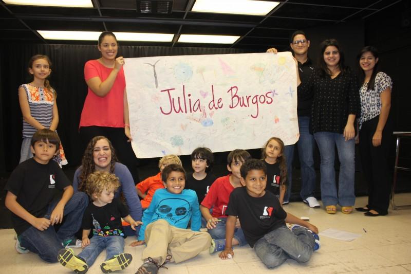 Al culminar la narración los niños tuvieron la oportunidad de dibujar algo relacionado con la poeta Julia de Burgos.