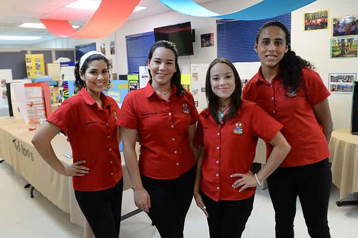Estudiantes de la UPR Bayamón. (Ricardo Alcaraz/ Diálogo)