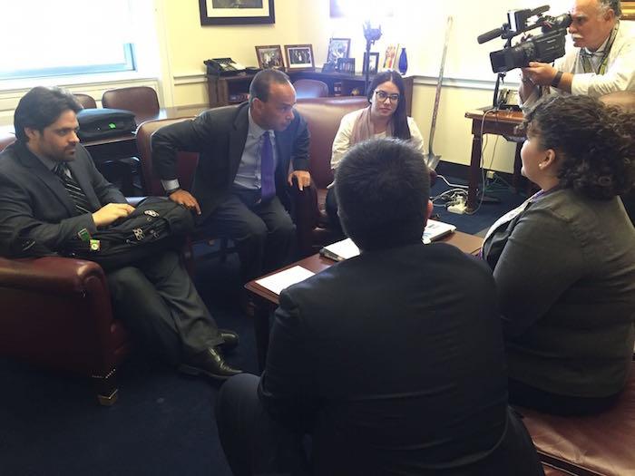 Gutierrez mostró empatía en el encuentro que también sirvió como un intercambio de ideas e iniciativas. (Nidia Liz Matos)
