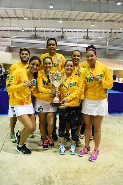 Tigresas de la Interamericana revalidan en el tenis de mesa. (Jorge Colón/Suministrada)
