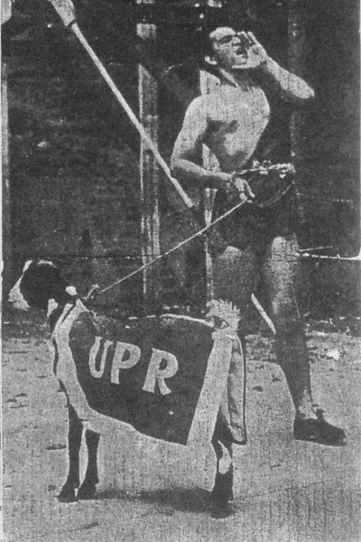 El chivo y el Tarzán desfilaron juntos por primera vez en las justas de 1940 (Puerto Rico Ilustrado, imagen provista por Moux Suárez).