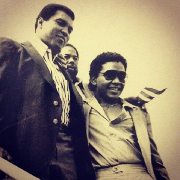 Rafael José junto a Mohammad Ali, en 1980. (Suministrada)