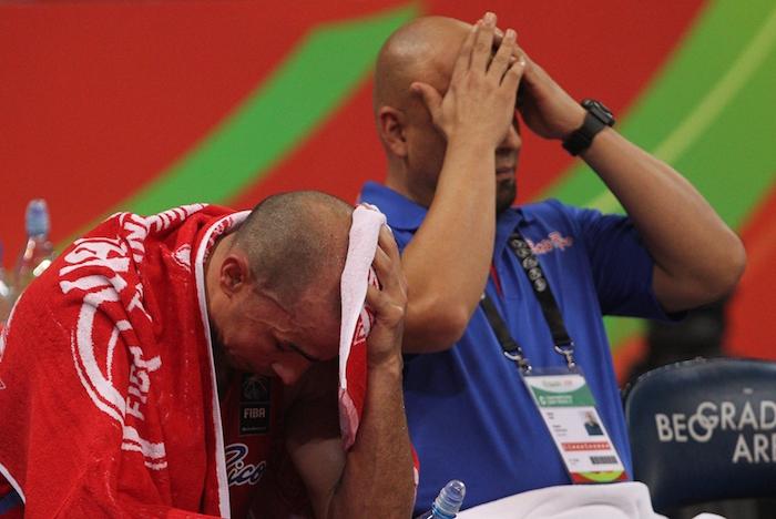 La derrota seguramente significa la despedida de la selección de Carlos Arroyo (izquierda). (FIBA)