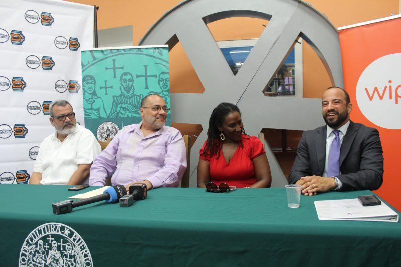 De izquierda a derecha, Pixie Córdoba, Jorge Irizarry, Mayra Santos y Luis Daniel Muñiz. (Deborah A. Rodríguez/ Diálogo UPR)