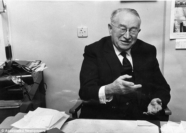 Dr. Ludwing Guttman (Dailymail.uk)