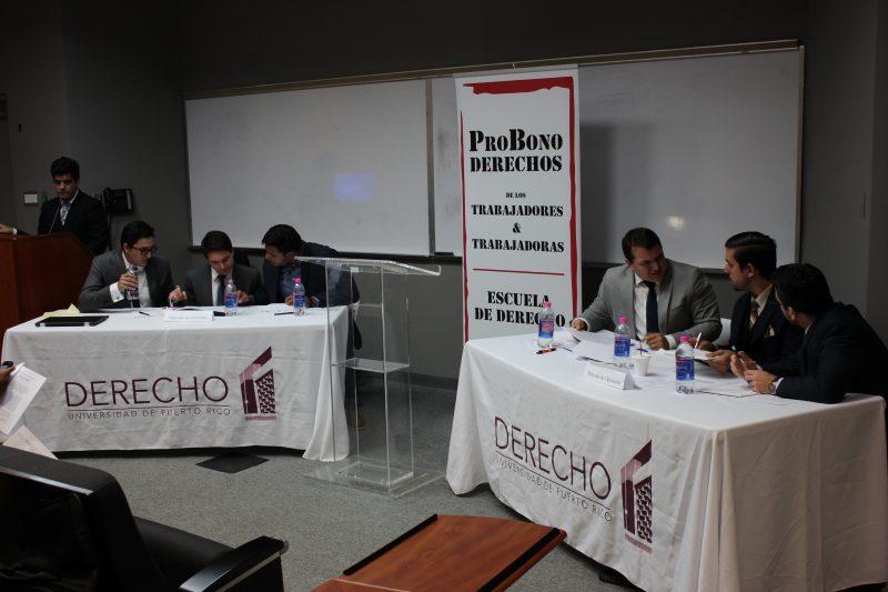 Estudiantes de la Escuela de Derecho expusieron sus argumentos a favor y en contra de la medida de reducción del salario mínimo en un debate novel.