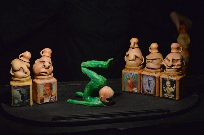 «La frente y la mueca en los labios cuentan que su escultor comprendió bien esas pasiones que todavía sobreviven a las manos que las tallaron y al corazón que las alimentó, grabadas en objetos sin vida.» - Percy Bysshe Shelley (Ricardo Alcaraz/Diálogo)