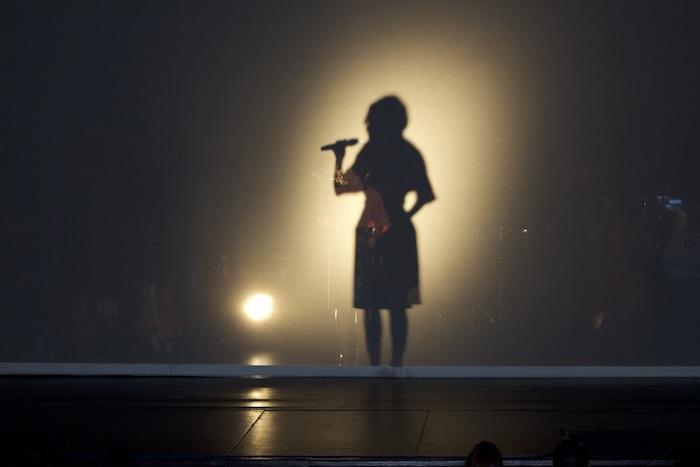Ileana Cabra en concierto. (Glorimar Velázquez/ Diálogo)