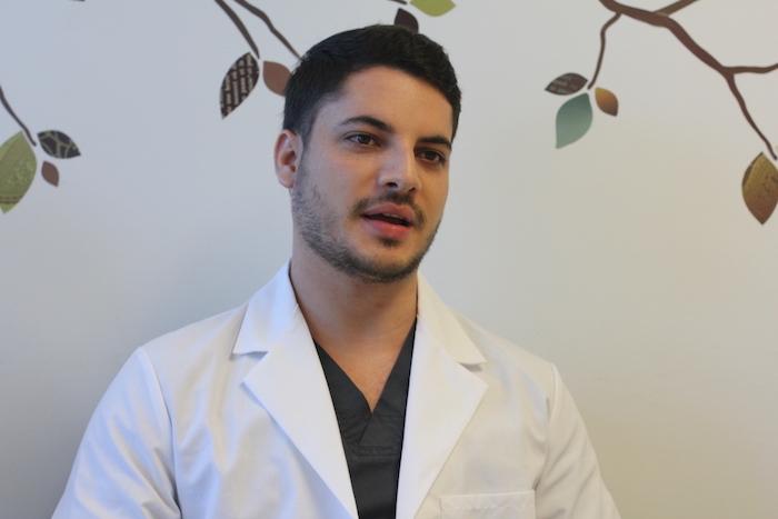 José Piñeiro, estudiante doctoral en audiología del RCM. (Adriana De Jesús/Diálogo)