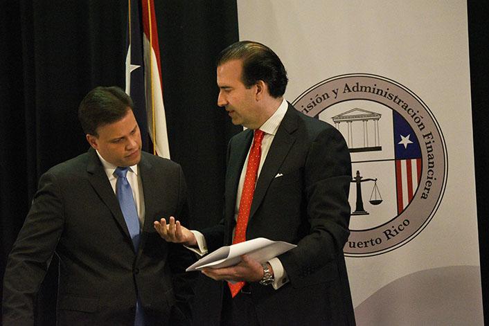 Jose B. Carrion III junto a Elias Sanchez. (Ricardo Alcaraz - Diálogo)