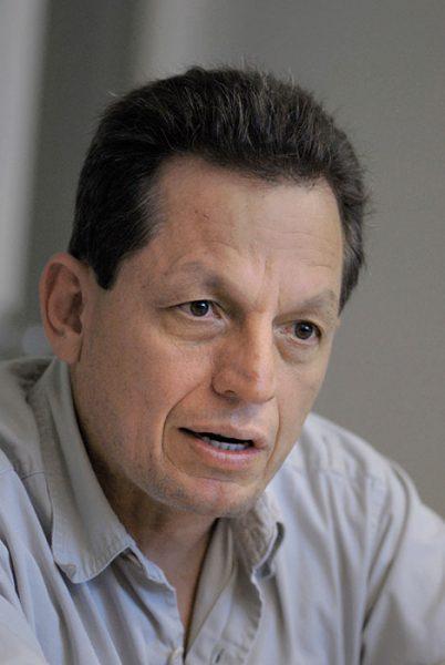 José Rivera Santana, planificador y activista ambiental. (Ricardo Alcaraz/Diálogo).