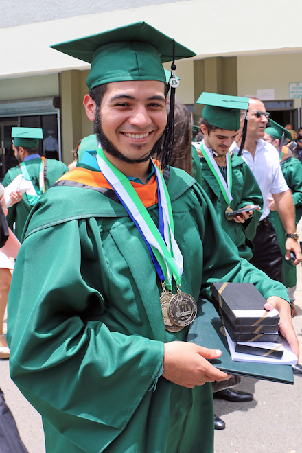 Raúl E. Marrero Rosa, quien completó en junio de 2016 su doble bachillerato en el RUM, utilizará su beca GRF para completar sus estudios graduados en Northwestern University.
