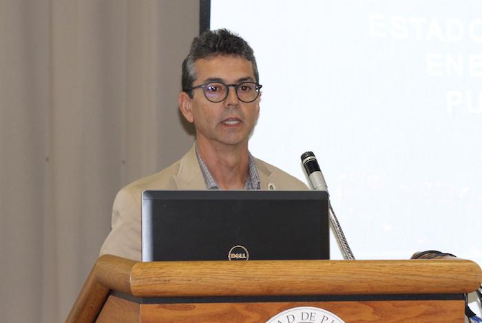 Lionel Orama, doctor en ingeniería eléctrica y miembro de INESI (Glorimar Velázquez/ Diálogo)