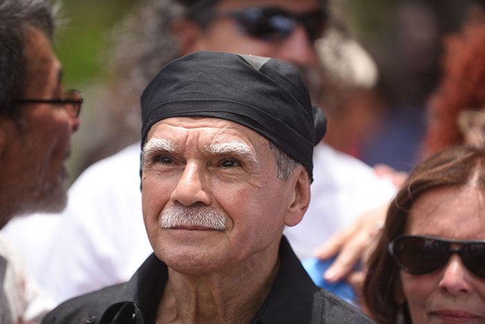 Oscar López Rivera tras su primera conferencia de prensa como hombre libre. (Ricardo Alcaraz / Diálogo)