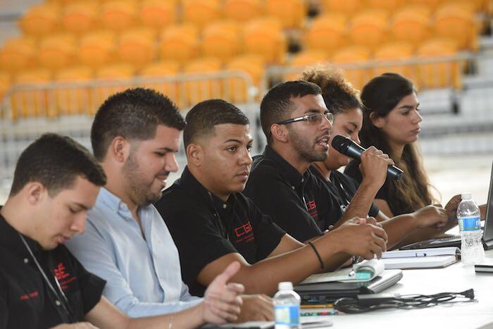 Miembros del CGE de la UPR en Ponce. (Ricardo Alcaraz/Diálogo)