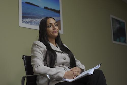 Tania Vázquez, secretaria del DRNA, en entrevista sobre la junta de playas. Foto: Neidy Rosado